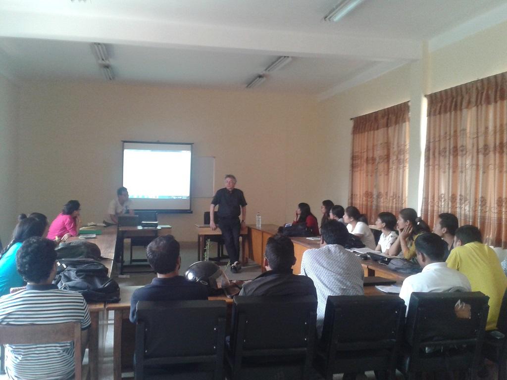 4. Prof. Skotte H, NTNU, Norway in his Class (CC5)